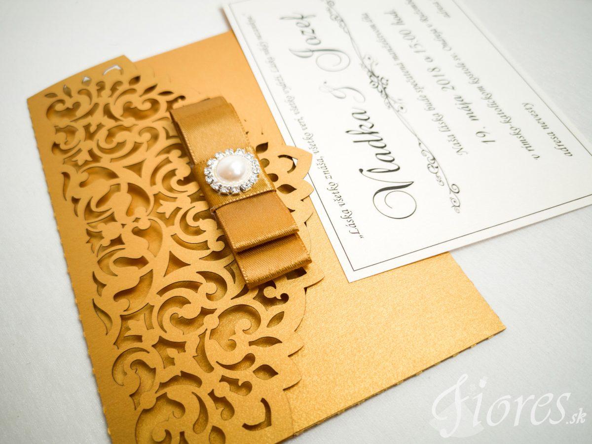 """Vyrezávané svadobné oznámenie """"Golden letter"""" - Detail"""