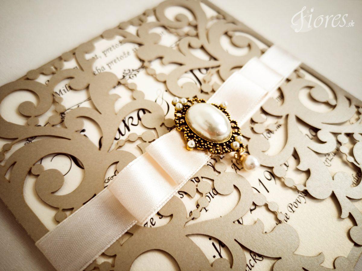 """Vyrezávané svadobné oznámenie """"Vanity pearl"""" - Detail"""